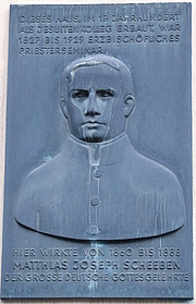 Foto del autor. Mathias Joseph Scheeben Memorial Plaque, Cologne, Germany. Photo by user Tohma / Wikimedia Commons.