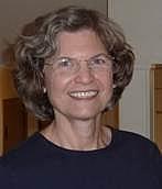 "Forfatter foto. Susanna S. Epp. Vincent de Paul Professor of Mathematical Sciences. Photo from <a href=""http://condor.depaul.edu/sepp/"" rel=""nofollow"" target=""_top"">Vincent de Paul University</a>."