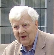 Kirjailijan kuva. Klaus Reisinger