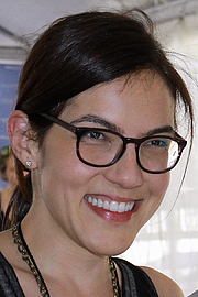 "Foto do autor. Author Sloane Crosley at the 2015 Texas Book Festival. By Larry D. Moore, CC BY-SA 4.0, <a href=""https://commons.wikimedia.org/w/index.php?curid=44374900"" rel=""nofollow"" target=""_top"">https://commons.wikimedia.org/w/index.php?curid=44374900</a>"