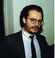 Fotografia de autor. Prof. Volkmar Sigusch 1987 bei der Fachkonferenz der Deutschen Gesellschaft für Sexualforschung in Frankfurt am Main Date: 16 August 2011