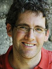 """Foto de l'autor. from <a href=""""http://kentannan.org/bio/"""" rel=""""nofollow"""" target=""""_top"""">http://kentannan.org/bio/</a>"""
