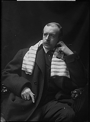 Photo de l'auteur(-trice). Jacques-Emile Blanche by H. Walter Barnett half-plate glass negative, 1901-1903