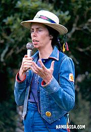 Kirjailijan kuva. Nambassa Trust and Peter Terry, http://www.nambassa.com/ (Wikipedia)