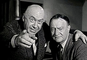 Fotografia de autor. John D. Voelker (right) and Otto Preminger in Anatomy of a Murder - trailer [credit: Columbia Pictures]