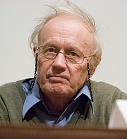 Forfatter foto. Nobel Laureate Sir Anthony James Leggett at a conference at Brown University in 2007, by Kenneth C. Zirkel from wikipedia