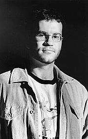 Kirjailijan kuva. Photo by Greg Martin