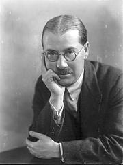 Fotografia de autor. Robert Fawtier en 1926