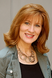 Author photo. Cindy De Lombaerde