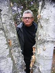 Forfatter foto. dundurn.com