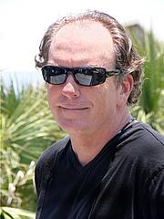 Kirjailijan kuva. David Shepherd (1)