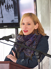 """Author photo. reading at the Gaithersburg Book Festival By Slowking4 - Own work, GFDL 1.2, <a href=""""https://commons.wikimedia.org/w/index.php?curid=48948454"""" rel=""""nofollow"""" target=""""_top"""">https://commons.wikimedia.org/w/index.php?curid=48948454</a>"""
