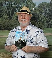 "Foto de l'autor. <a href=""http://www.foureyedfrog.com/event/michael-herr-reads-selections-his-hawaiian-mystery-fiction-series"" rel=""nofollow"" target=""_top"">http://www.foureyedfrog.com/event/michael-herr-reads-selections-his-hawaiian-mys...</a>"