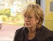 """Fotografia de autor. Christina Burrus le 22 novembre 2007 lors d'un entretien à la Fondation Suisse de la Cité Internationale Universitaire de Paris pour son livre """"Frida Kahlo, je peins ma réalité"""" dans le cadre de l'émission télévisée """"Un livre, un jour"""" diffusée sur France 3"""