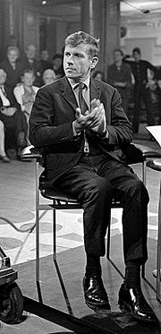 Foto del autor. Gerard Reve in Mies en scène, 1969 [credit: AVRO]