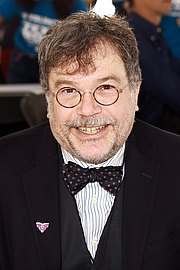 "Fotografia de autor. Doctor and author Peter Hotez at the 2019 Texas Book Festival in Austin, Texas, United States. By Larry D. Moore, CC BY-SA 4.0, <a href=""https://commons.wikimedia.org/w/index.php?curid=84726507"" rel=""nofollow"" target=""_top"">https://commons.wikimedia.org/w/index.php?curid=84726507</a>"