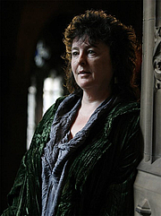 """Forfatter foto. Carol Ann Duffy. (Source: <a href=""""http://lesbianoftheday.jemsweb.com/category/literary-lesbians/"""" rel=""""nofollow"""" target=""""_top""""><i>Lesbian of the Day</i></a>)"""