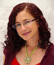 "Författarporträtt. Photo of Children's author, Deborah Abela By Deborah Abela - Own work, CC BY-SA 4.0, <a href=""https://commons.wikimedia.org/w/index.php?curid=42391109"" rel=""nofollow"" target=""_top"">https://commons.wikimedia.org/w/index.php?curid=42391109</a>"