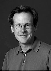 Kirjailijan kuva. Brian Stanton