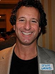 """Forfatter foto. <a href=""""http://www.vjbooks.com/""""> www.vjbooks.com</a>"""