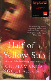 Half of a Yellow Sun por Chimamanda Ngozi…