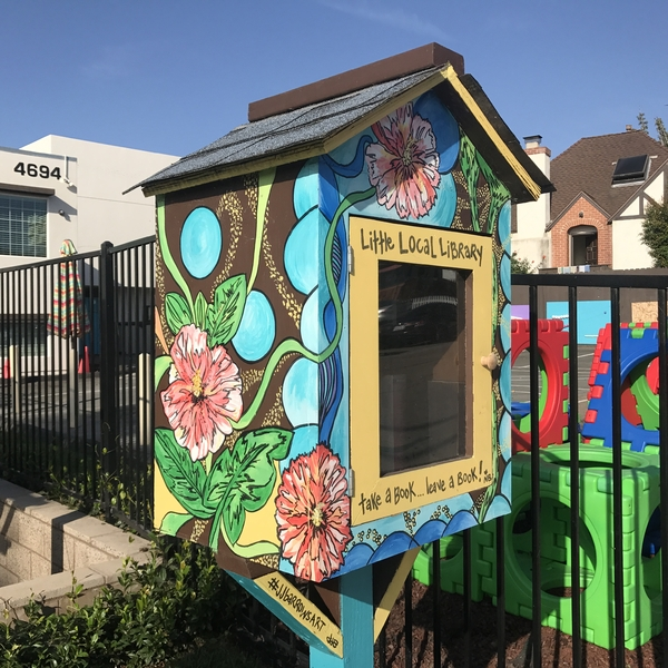 Tradewinds Apartment Hotel Miami Beach: Little Free Library At 4694 Cape May Avenue (Ocean Beach