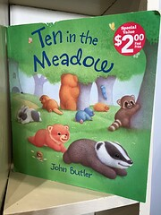 Ten in the Meadow af John Butler