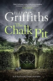 The Chalk Pit (9) (Ruth Galloway Mysteries)…