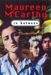 In Between di Maureen McCarthy