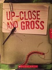 Up-Close and Gross af Kristen Hall