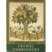 Crewel Embroidery – tekijä: Erica Wilson